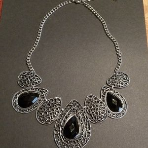 Jewelry - Teardrop necklace